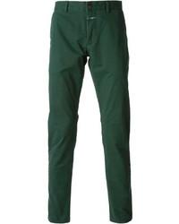 Темно-зеленые брюки чинос
