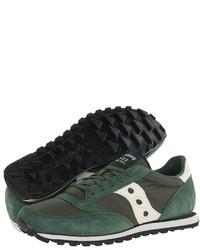 Темно-зеленые кроссовки