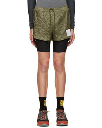 Мужские темно-зеленые шорты от Satisfy