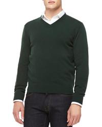 Темно-зеленый свитер с v-образным вырезом