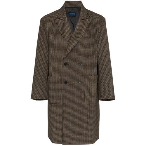 Темно-коричневое длинное пальто в клетку от Charm's