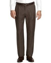 Темно-коричневые классические брюки в шотландскую клетку
