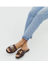 Темно-коричневые кожаные сандалии на плоской подошве от River Island