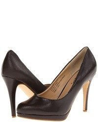 Темно-коричневые кожаные туфли