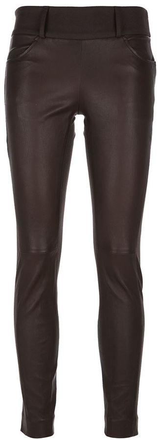 Темно-коричневые кожаные узкие брюки от Brunello Cucinelli