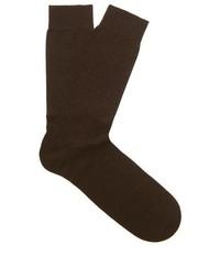 Темно-коричневые носки в горошек