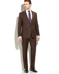 Темно-коричневый костюм