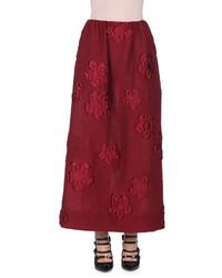 Темно-красная длинная юбка с цветочным принтом