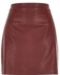 Темно-красная кожаная мини-юбка