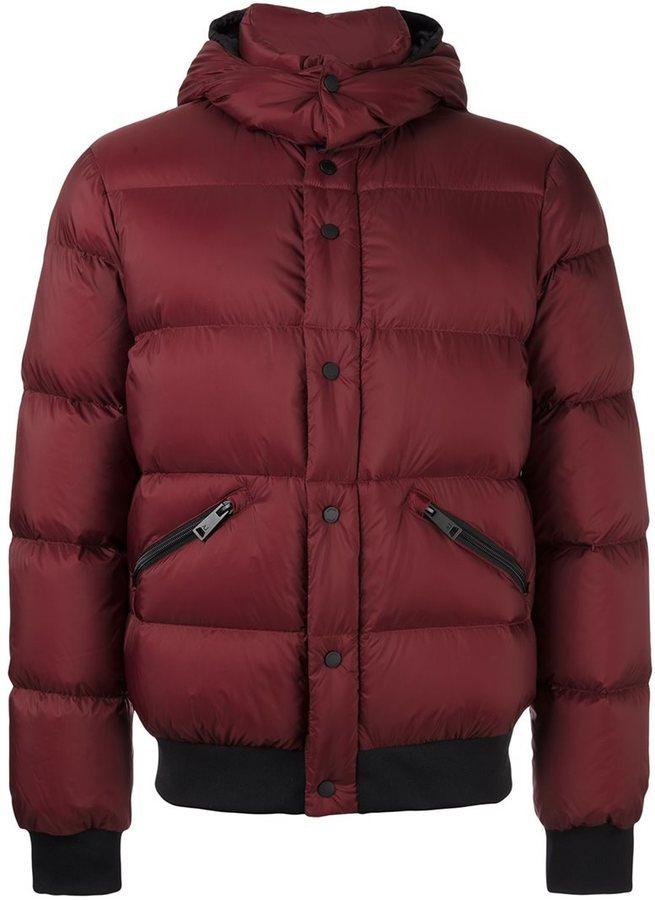 d4dc341ea715 Мужская темно-красная куртка-пуховик от Armani Jeans   Где купить и ...