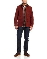 Темно-красная куртка с воротником и на пуговицах