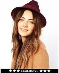 Женская темно-красная шерстяная шляпа от Catarzi
