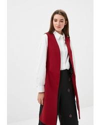 Темно-красное пальто без рукавов от Zarina