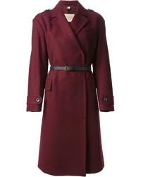 Темно-красное пальто