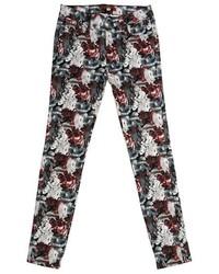 Темно-красные джинсы