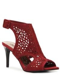 Темно-красные замшевые босоножки на каблуке