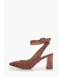 Темно-красные замшевые туфли от Laura Valorosa