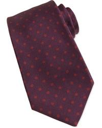 Темно-красный галстук в горошек