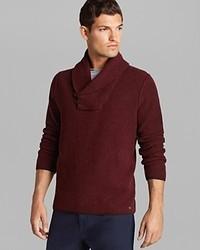 Темно-красный свитер с отложным воротником
