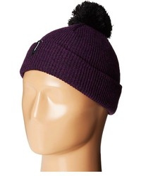 Темно-пурпурная шапка