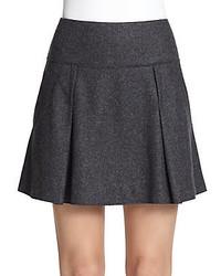 Темно-серая мини-юбка со складками