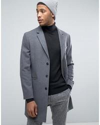 Темно-серое длинное пальто в вертикальную полоску