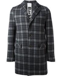 Темно-серое длинное пальто в шотландскую клетку