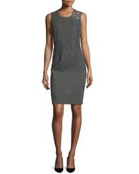 Темно-серое кружевное платье-футляр