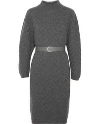 Темно-серое платье-свитер