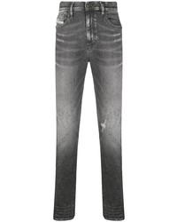 Мужские темно-серые рваные зауженные джинсы от Diesel