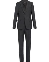 Темно-серый костюм от Prada