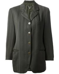Темно-серый пиджак в вертикальную полоску