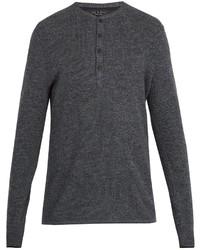 Темно-серый свитер с горловиной на пуговицах