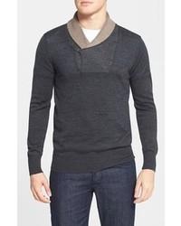 Темно-серый свитер с отложным воротником
