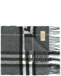 Мужской темно-серый шарф в клетку от Burberry