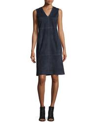 Темно-синее замшевое платье-футляр