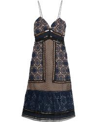 Темно-синее кружевное платье-миди