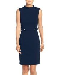Темно-синее платье-футляр