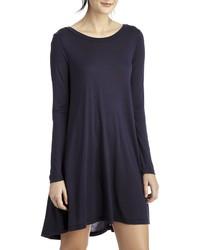 Темно-синее свободное платье