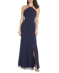 Темно-синее шелковое вечернее платье с разрезом