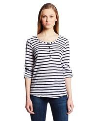 Темно-сине-белая футболка на пуговицах в горизонтальную полоску