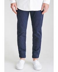 Темно-сине-белые классические брюки в горошек