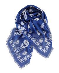 Темно-сине-белый шарф
