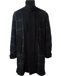 Темно-сине-зеленое длинное пальто в шотландскую клетку