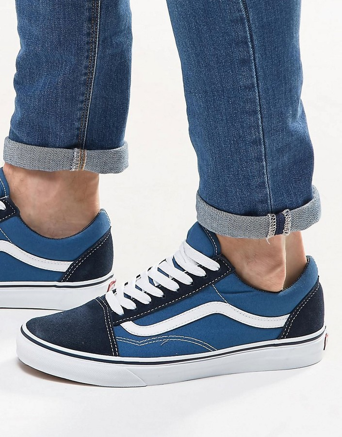 Мужские темно-синие кеды от Vans   Где купить и с чем носить 2d3434db3e8