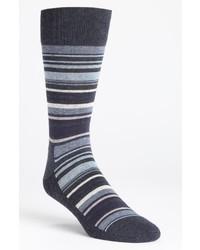 Темно-синие носки в горизонтальную полоску