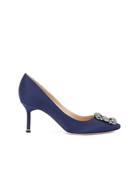 Темно-синие сатиновые туфли с украшением от Manolo Blahnik