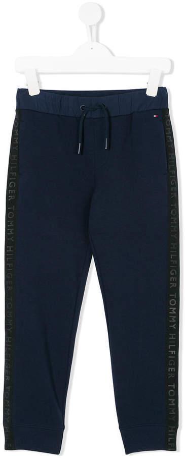 Детские темно-синие спортивные штаны для мальчику