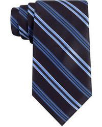 Темно-синий галстук в вертикальную полоску