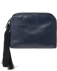 Темно-синий кожаный клатч от The Row